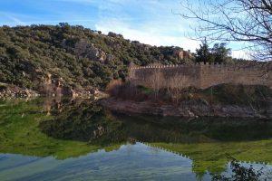 Adarve bajo de las murallas de Buitrago del Lozoya