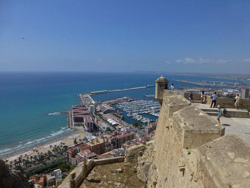 Vistas de Alicante desde el Castillo de Santa Bárbara, historia de Alicante
