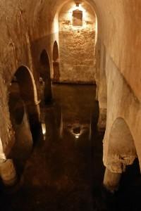 Aljibe árabe en el Palacio de las Veletas
