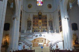 Altar de la Virgen de la Almudena en la Catedral de Madrid