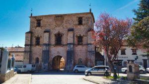 Archivo del Adelantamiento de Castilla, principal puerta de entrada a Covarrubias
