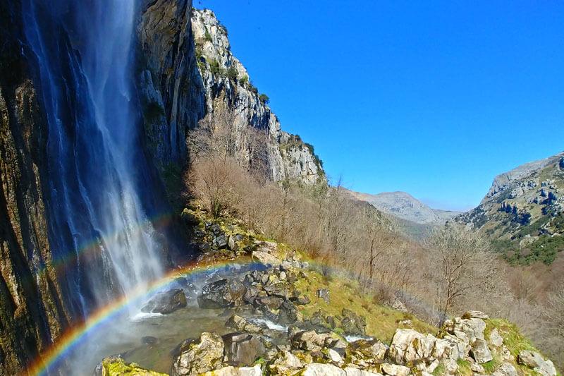 Parque Natural Collados del Asón - qué ver, miradores, rutas