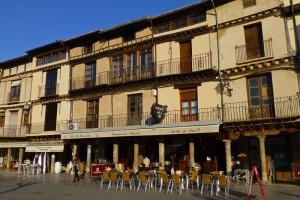Bares y terrazas en la Plaza Mayor de Toro