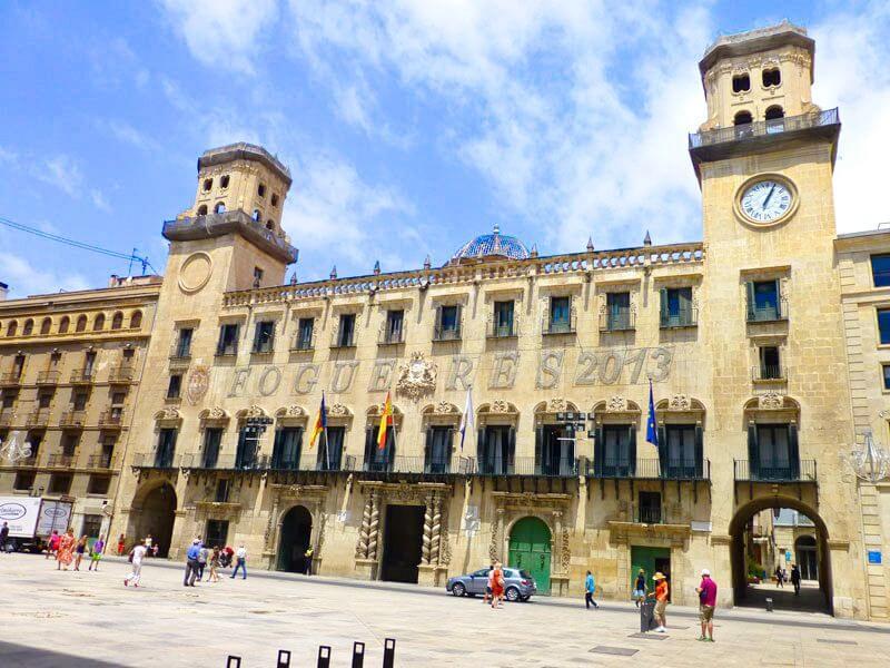 Ayuntamiento de Alicante, uno de los edificios civiles más destacados
