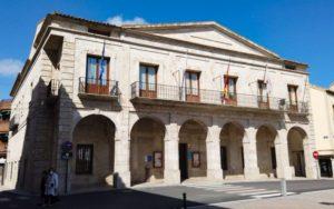 Ayuntamiento de Yepes en la Plaza Mayor