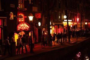 Barrio Rojo de Ámsterdam, uno de los lugares más visitados de la ciudad