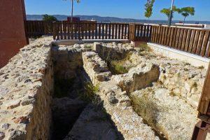 Restos de la sinagoga judía bajo la Plaza de Mangana