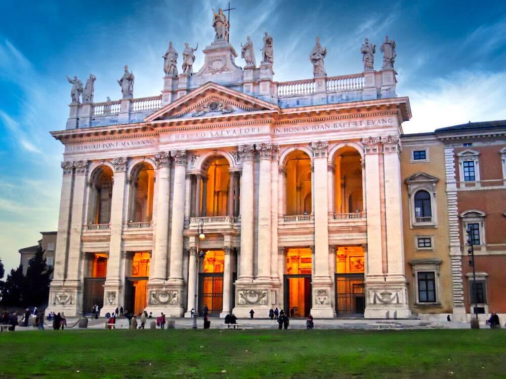 Archibasílica de San Juan de Letrán, una de las cuatro basílicas mayores de Roma