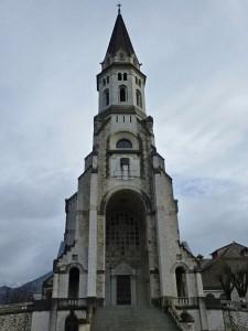 Vista diurna de la Basílica de la Visitación de Annecy