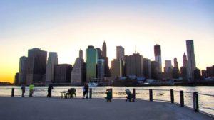 Manhattan visto desde Brooklyn, dos de los distritos de Nueva York