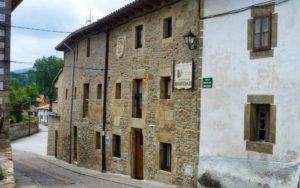 Arquitectura tradicional montañesa en Espinosa de los Monteros