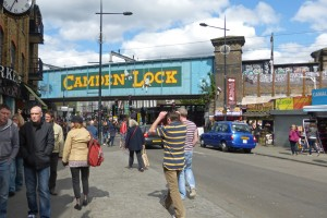 Camden Lock, a su alrededor se extiende Camden Lock Market