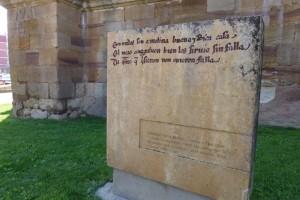 Monumento recordando la aparición de Molina de Aragón en el Cantar del Mio Cid