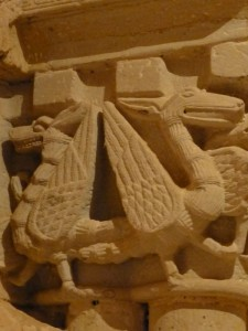 Detalle de los capiteles del Monasterio de San Juan de Duero
