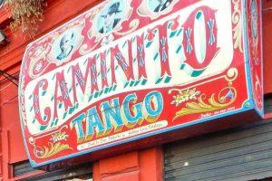 Fileteado porteño, una de las compras típicas de Buenos Aires