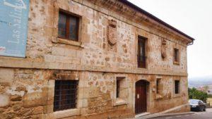 Casa de Administración de las Reales Salinas, hoy acoge el Centro de Interpretación