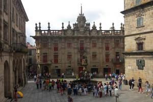 Plaza de las Platerías con la Casa del Cabildo al fondo, qué ver en Santiago de Compostela
