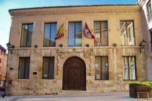 Casa del Cordón, sede del museo de Palencia