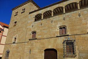 Palacio del Conde de Torrejón o Casa del Doctor Trujillo