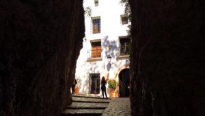 Casa Orduña tras el Portal de Sant Josep