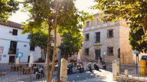 Casa de la Cadena, alojamiento de Felipe V durante la Guerra de Sucesión