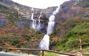 Cascada en el nacimiento del río Yera