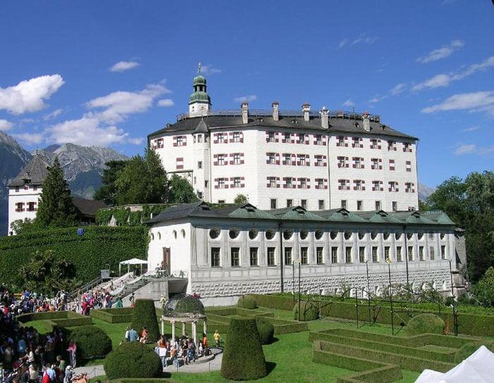 Museo de Historia del Arte en el Castillo de Ambras en Innsbruck.