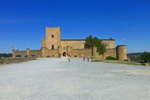 Castillo de Pedraza, oficialmente llamado Castillo Museo Ignacio Zuloaga