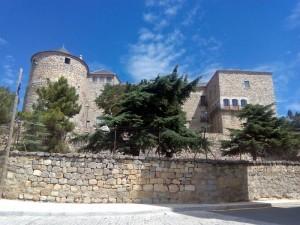 Castillo-Palacio de Magalia en Las Navas del Marqués