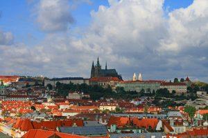 Castillo de Praga dominando las vistas de la ciudad