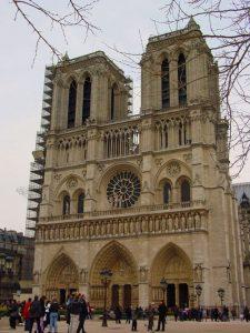 Fachada principal de la Catedral de Notre Dame