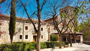 Colegiata de San Cosme y San Damián en Covarrubias
