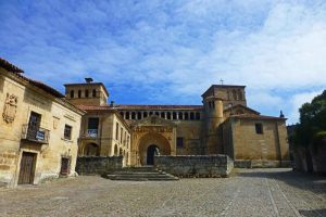 Colegiata de Santa Juliana, una joya del románico en Cantabria