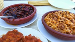 Pisto, Tiznao y Duelos y Quebrantos, tres platos típicos de La Mancha