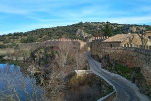 Conjunto amurallado de Buitrago del Lozoya, el mejor conservado de Madrid