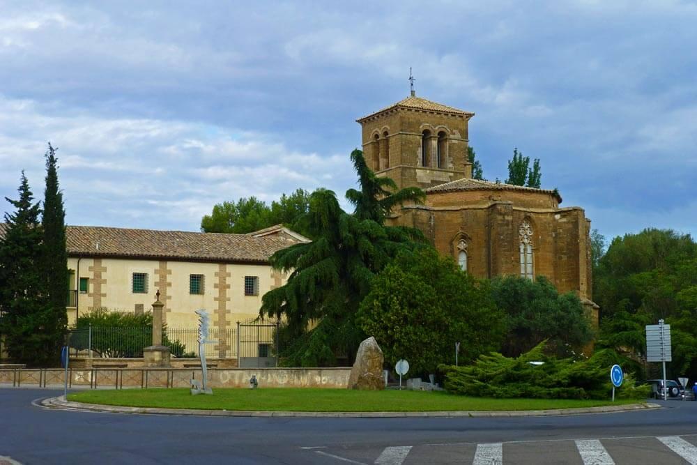 Iglesias y monasterios de Huesca