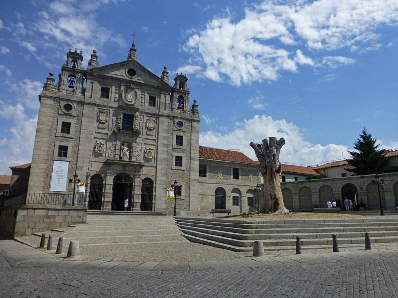 Convento de Santa Teresa en la Plaza de la Santa de Ávila