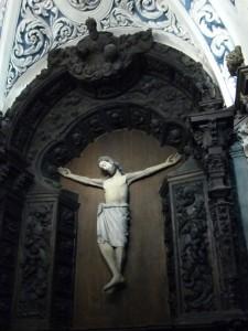 Talla de Cristo en la Ermita de San Saturio en Soria