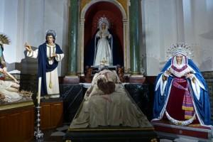 Santísimo Cristo Yacente, una de las tallas que sale en procesión en la Semana Santa de Jaén, fiestas de Jaén