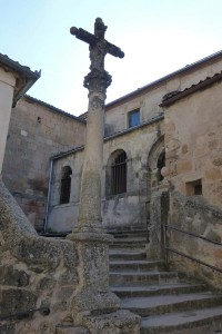 Crucero frente a la Iglesia de San Bartolomé