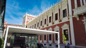 Lateral del Palacio de la Diputación de Palencia