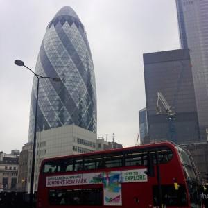 Rascacielo 30 St Mary Axe o Pepinillo de Londres