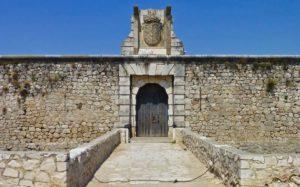 Entrada al Castillo de los Condes de Chinchón