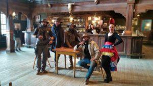 Protagonistas del espectáculo western de Fort Bravo