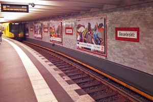 Estación de Alexanderplatz, una de las más transitadas del metro de Berlín