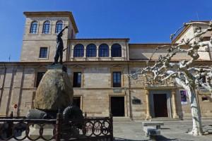 Estatua de Viriato en la plaza de Zamora que lleva su nombre, historia de Zamora