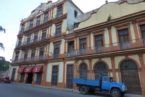 Real Fábrica de Tabaco Partagás en La Habana, una de la fábricas de puros habanos más antiguas de Cuba