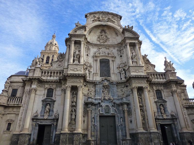 Fachada barroca de la Catedral de Murcia