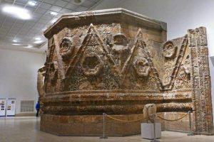 Fachada de Mushatta en el Museo de Pérgamo de Berlín