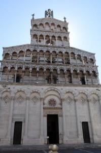 Fachada de la Iglesia de San Miguel en Foro en Lucca